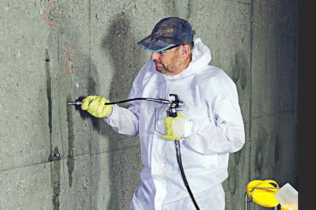 Инъектирование стен в подвале | Фото
